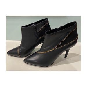 Sachi Gwen black leather ankle boots high heel